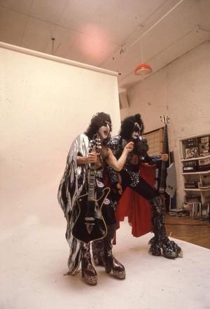 Paul and Gene ~Bravo picha shoot...May 22, 1980