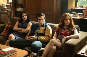 Riverdale - Episode 4.19 - Killing Mr. Honey (Season Finale) - Promotional fotografias