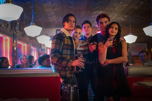 Riverdale - Episode 4.19 - Killing Mr. Honey (Season Finale) - Promotional चित्रो