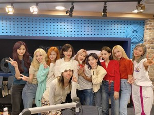 Twice on Choi Hwajung s Power Time Radio