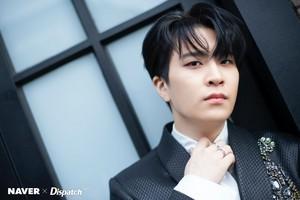 "Youngjae ""DYE"" mini album promotion photoshoot によって Naver x Dispatch"