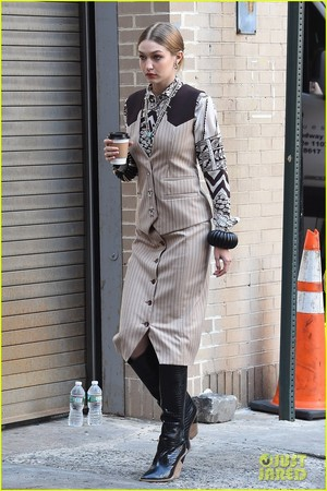 gigi hadid goes country for western inspired ছবি shoot in nyc 08