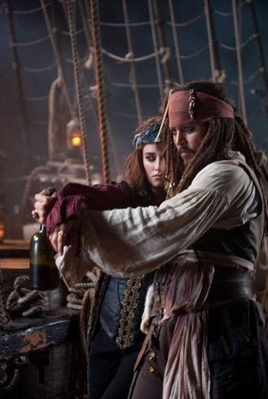 *Jack x Angelica :Pirates Of The Caribbean*