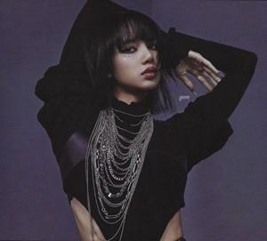 [SCAN] Lisa BLACKPINK HYLT Special Edition