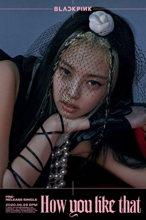 BLACKPINK girls are poised to kill with a stare in 2nd 'How bạn Like That' tiêu đề posters