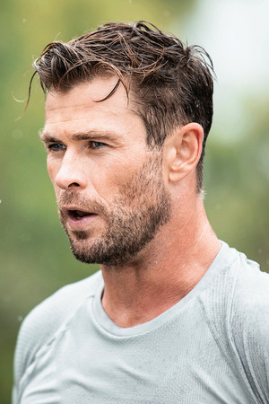 Chris Hemsworth || Swisse — The Quest Continues › 2020