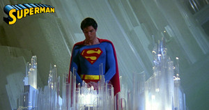 Christopher Reeves as Superman ⭐