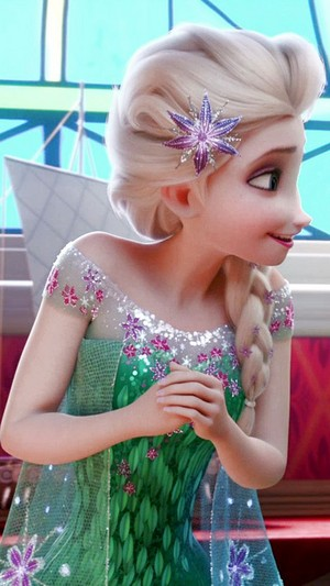 Frozen Fever: Elsa