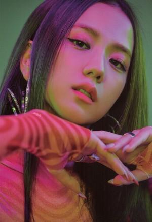 """Jisoo """"How bạn Like That"""" Album [SCANS]"""