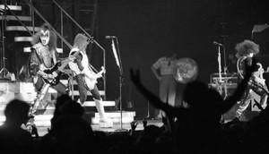 KISS ~Daly City, California...August 16, 1977 (Love Gun Tour)