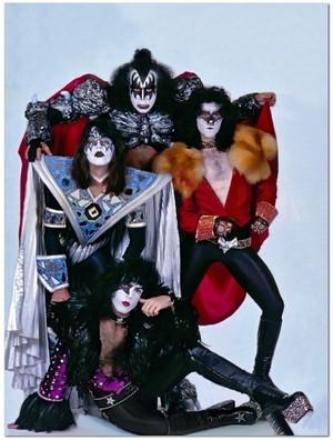 KISS (NYC) July 24, 1980 (PEOPLE magazine تصویر shoot)