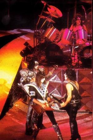 キッス (NYC) July 25, 1980 (Eric Carr makes his debut at the Palladium)