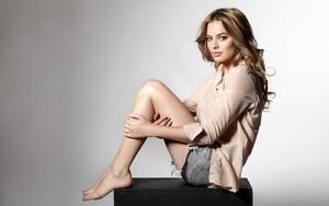 Margot Robbie پیپر وال
