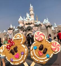 Mickey And Minnie Mouse Cookies On A Stick