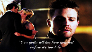 Oliver and Felicity kertas dinding