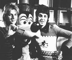 Paul And Linda McCartney With Goofy