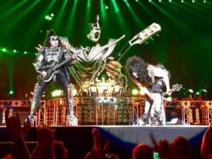 Paul and Gene ~Spokane, Washington...July 15, 2016 (Freedom to Rock Tour)