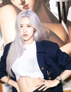 Rosé loses track of time in luxurious