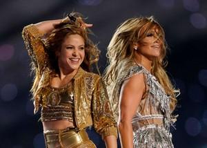 Shakira & JLo live at The Super Bowl LIV Halftime montrer 2020