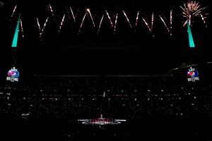 Shakira live at The Super Bowl LIV Halftime hiển thị 2020