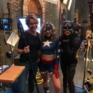 Stargirl 1.10 Behind the scenes