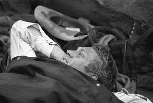 Steve McQueen on a camping trip (1963)