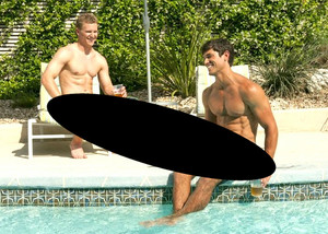 V.J. Logan por the Swimming Pool