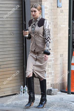 gigi hadid and bonner bolton photoshoot new york usa shutterstock editorial 9697580q