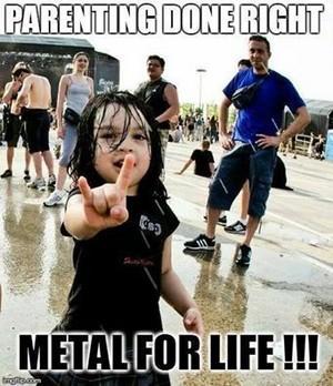 metal time!!!🤘🖤