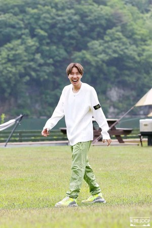 🌳 防弾少年団 IN THE SOOP 🌳| [Behind cut] EP 1 (J-Hope)