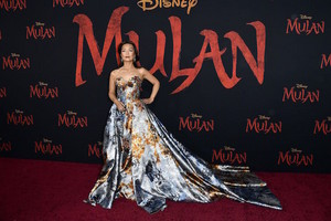 2020 Disney Movie Premiere Of Mulan