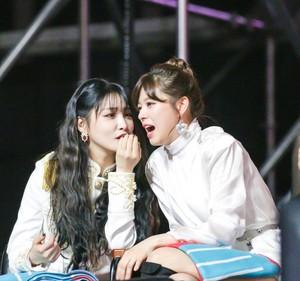 Chungha and Jeongyeon