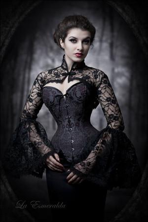 Dark bulaklak sa pamamagitan ng la-esmeralda