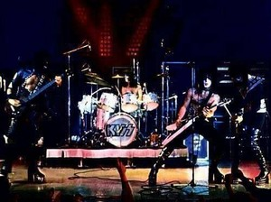 키스 ~Detroit, Michigan...September 28, 1974 (KISS Tour)
