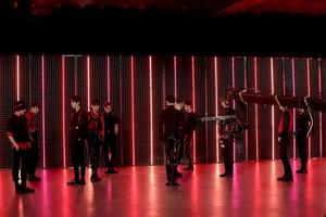 THE BOYZ 'THE STEALER' MV Shooting Behind por Melon