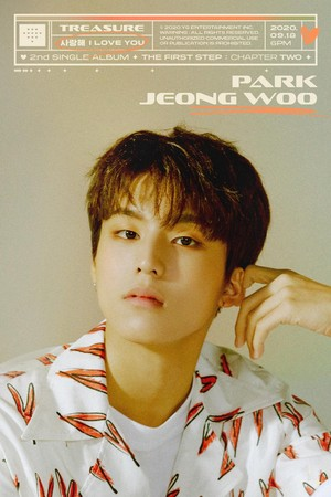 TREASURE - 'I amor YOU' título MEMBER POSTER <JEONGWOO>