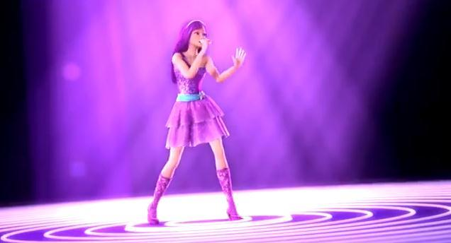 Which outfit do you prefer Toris pink dress or Keiras purple
