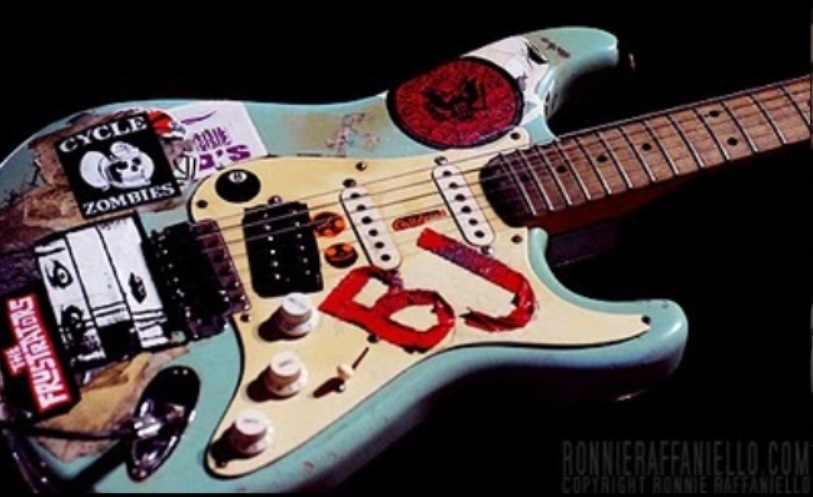 what 39 s your favourite billie joe guitar poll results green day fanpop. Black Bedroom Furniture Sets. Home Design Ideas