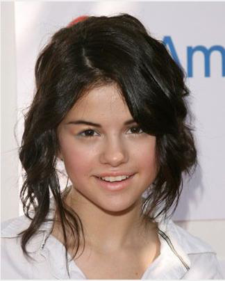 Selena Gomez Which celebrity is looking good without makeup :P (Don't click on the next question plzzzzz)