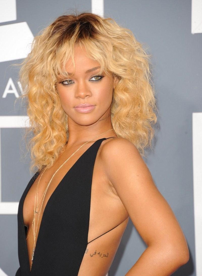 Poll celebrity battle round nudes (73 photos), Topless Celebrity photos