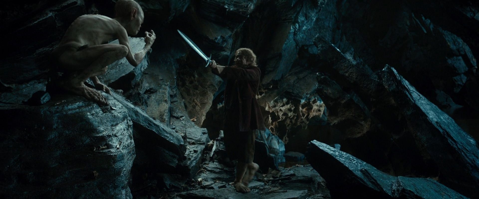 dark and light imagery within the hobbit Bright light, therefore, represents blanche's youthful sexual innocence, while poor light represents her sexual maturity and disillusionment one of the play's most consistent visual motifs is the contrast between light and dark, often in terms of night/day imagery.