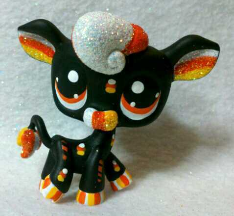 littlest pet shop halloween lps customs which is your favorite