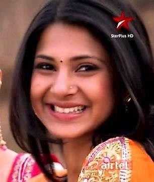 Hair Style Jennifer Winget Very Beautiful Indian Movie Actress