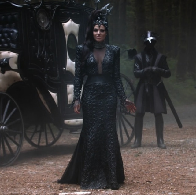"Favorite ""Evil Queen"" dress from episode 3x02 ... Poll ..."