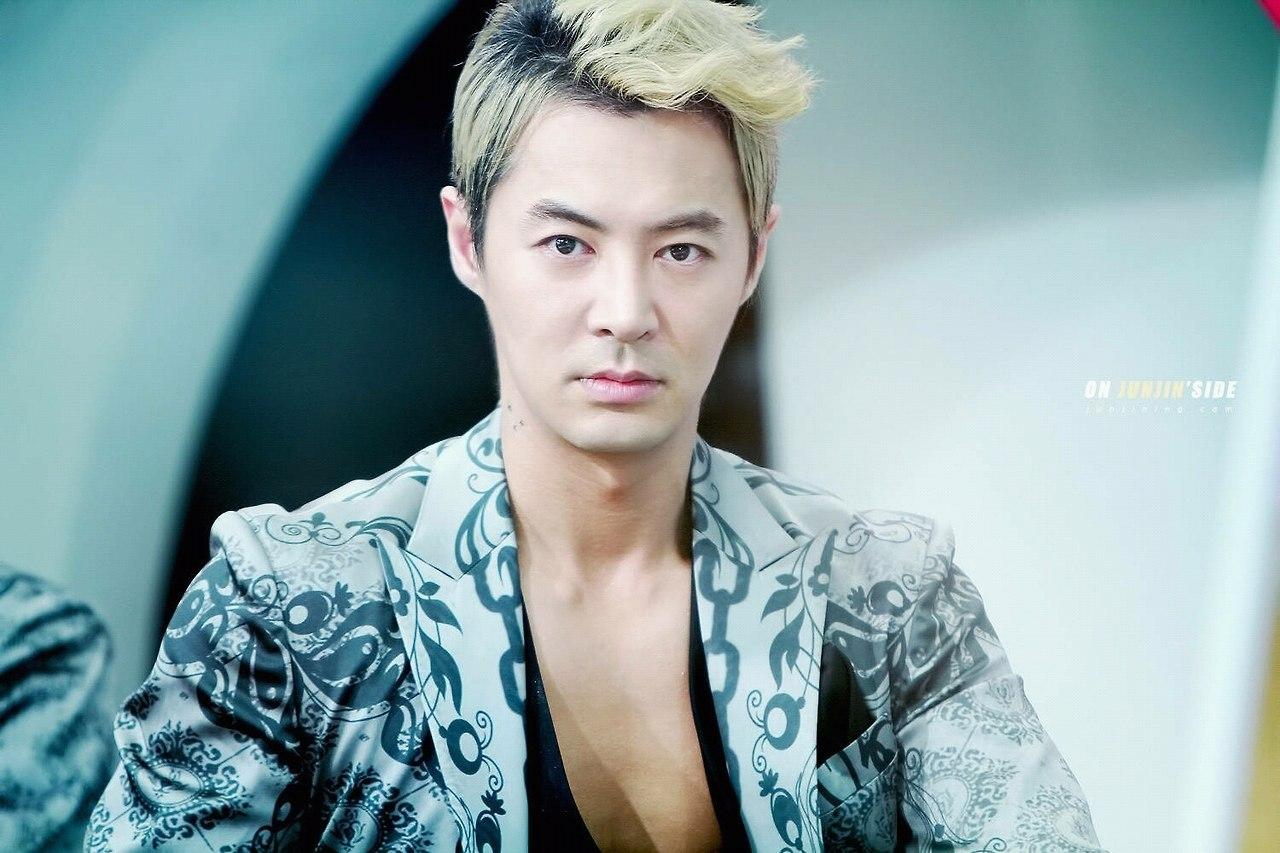 Junjin Is Junjin your bias  favourite member  in Shinhwa Junjin
