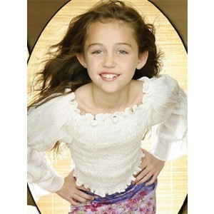 Miley cyrus as a little girl Maryanne