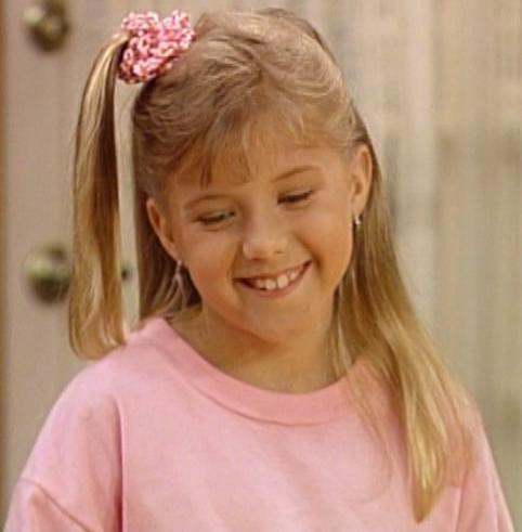how old do you think steph looks in season 5 stephanie tanner fanpop