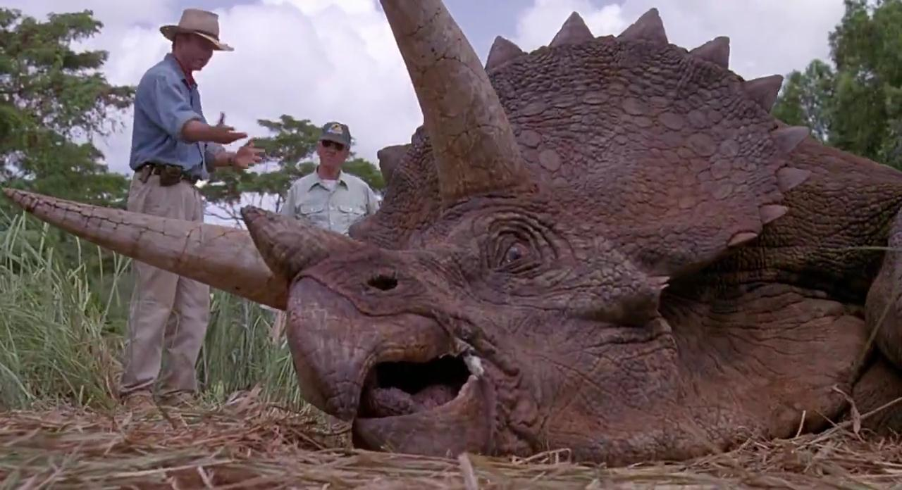 an overview of cloning of dinosaurs in jurassic park by michael crichton An analysis of dinosaur cloning in jurassic park by michael crichton pages 3 words 763.