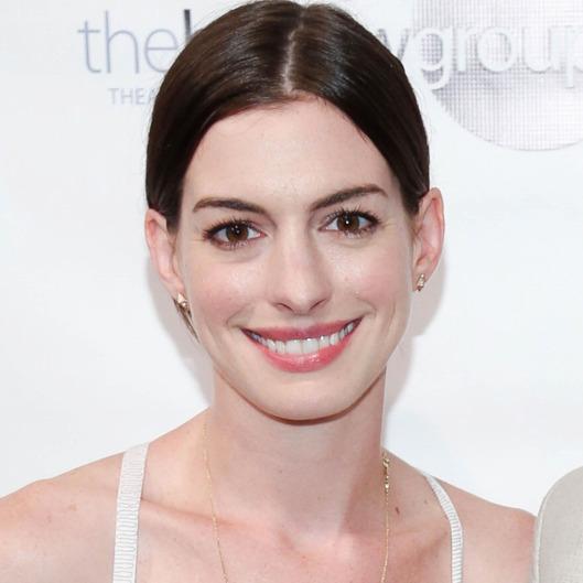 Anne Hathaway Or Emma Stone?