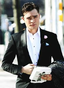 """The CW did not want Ed Westwick to play Chuck Bass, insisting that """"he looked more like a serial killer than a romantic lead"""".  true or false??"""